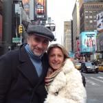 Antoine Duléry avec Laetitia sur Times Square - Décembre 2013