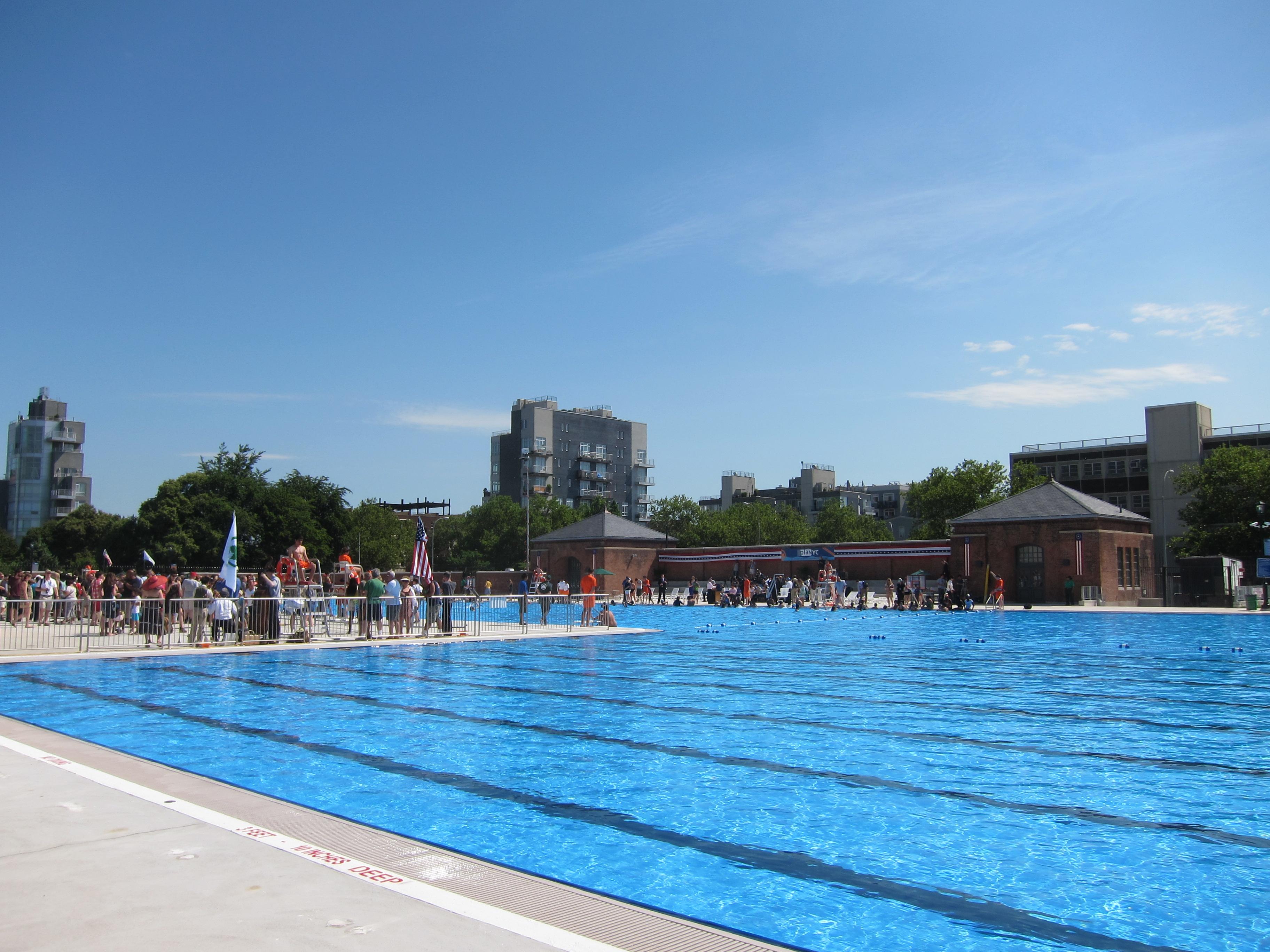 Plan Ou Photo Pool House Pour Piscine toutes les piscines de new york publiques, en extérieur et