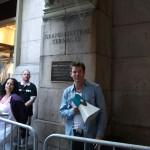 Stevus - Ty Pennington (les maçon du cœur) croisé à la sortie de grand central terminal en mai 2013, il récoltait des fonds pour une association.