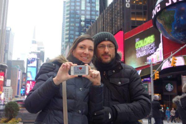 Dédicace de Céline et Sébastien à Times Square - Février 2014