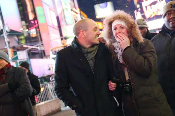 demande-mariage-ny-times-square-raph-6
