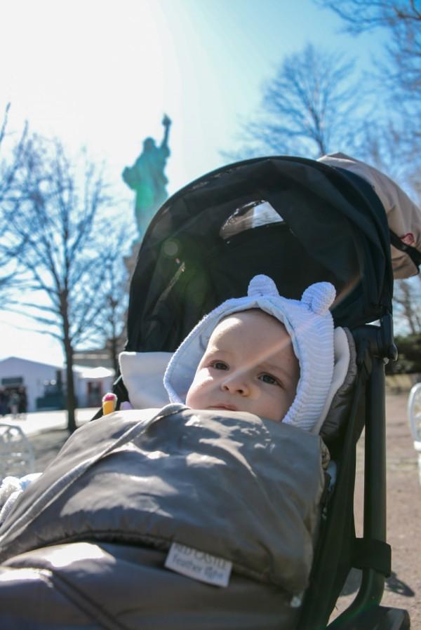 bebe-new-york-statue-liberte