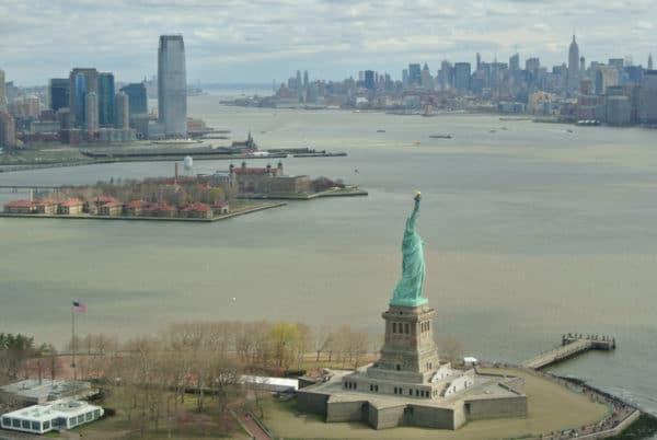 helico-nyc-statue-liberte