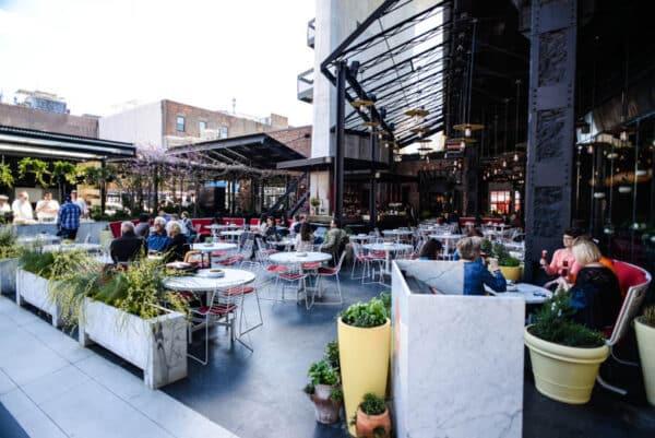 Standard Plaza