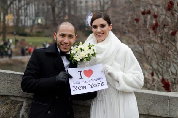 Magnifique dédicace de Joana et Nordine lors de leur mariage à New York en décembre 2013 !!! Ils m'ont envoyé la photo tardivement, mais quelle photo !!!  J'adore , merci à eux 2.