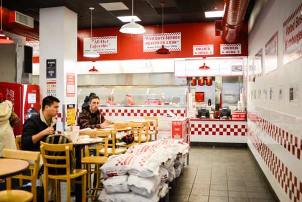 five-guys-restaurant-new-york-2